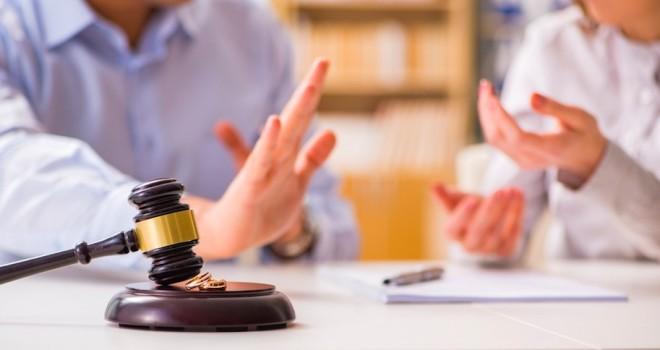 Corte d'Appello di Catania: assegno divorzile solo alla moglie che prova di non poter lavorare