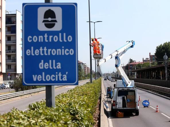 Giudice di Pace di Catania: nessun eccesso di velocità se i veicoli rilevati dall'autovelox sono due