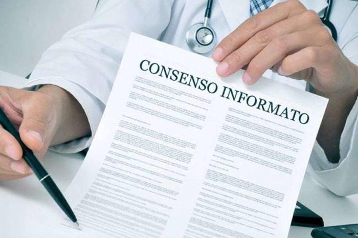 Consenso informato: non basta la firma su un modulo prestampato e generico