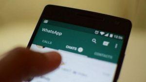 Whatsapp-cellulare-telefono-telefonino-smartphone-chat